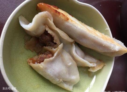 [转载]电饭锅做锅贴,比饺子还好吃,真的得试试! - 烟圈 - 烟圈的博客