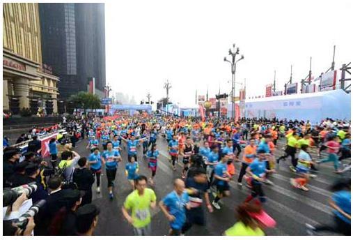 千丁助力2018重庆国际马拉松 打造 社区 业主 互动新模式