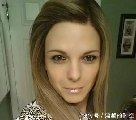30岁壮汉花上百万美金,变性整容成20岁少女,比他老婆还美!