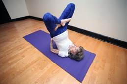 美国96岁老太成世界最高龄瑜伽教练 - 雅岚壁纸 - 电视背景墙、沙发背景墙、壁画