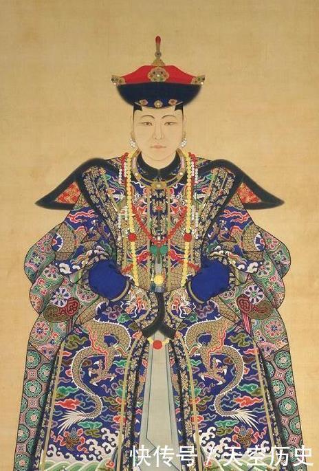 清朝地位最高的宫女,一共跟了四个主子,据说一生都没洗过澡?