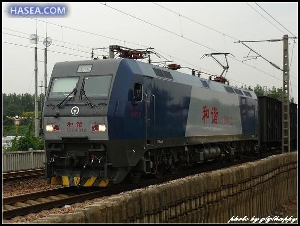 hxd1b型电力机车是大功率交流传动六轴