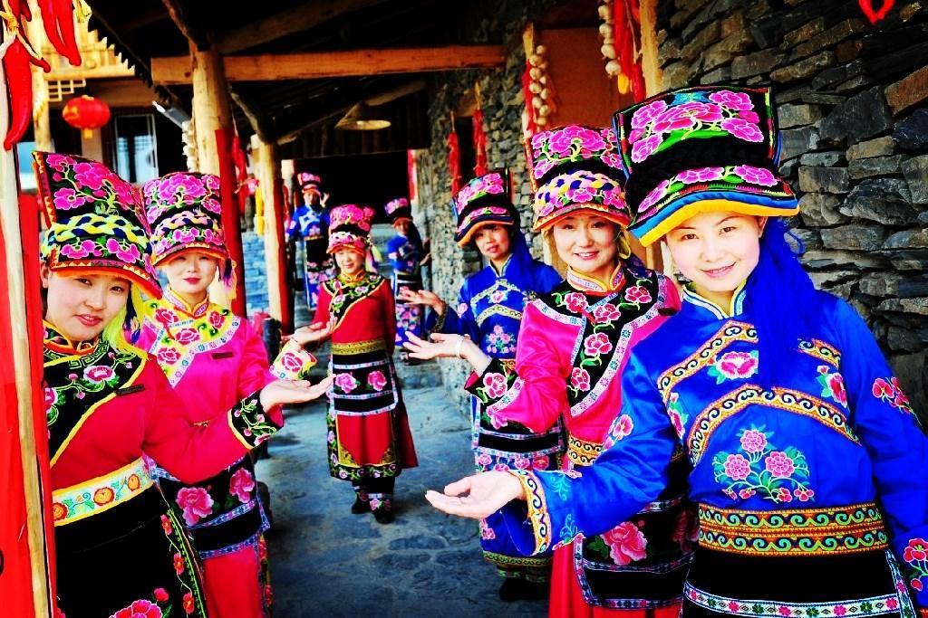 羌族人口最多的县_羌族女孩寻找地震重灾区亲人的50小时