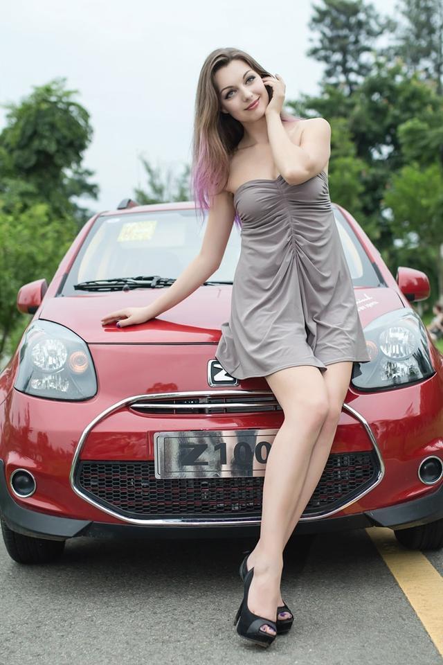 中国与乌克兰车模 - 绿微翡翠 - 翡翠绿莲
