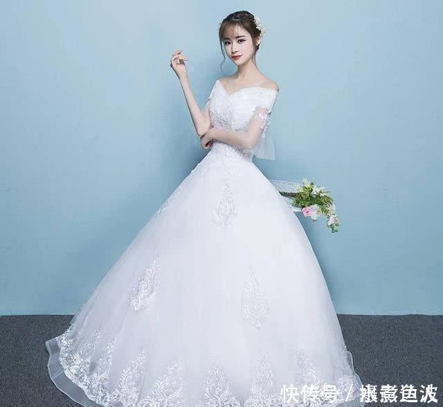 心理测试你想穿哪件婚纱测你另一半比你大几岁