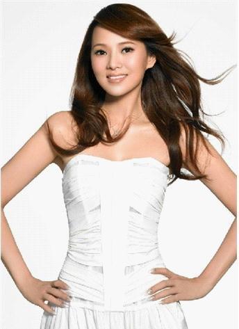 蕭薔林志玲鄧萃雯 最愛賣萌裝嫩的剩女明星