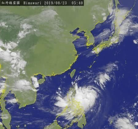 11号台风卫星照曝光!体型大结构不对称,NASA:瞬时阵风最高9级