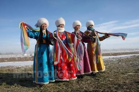 各个少数民族的服饰是什么