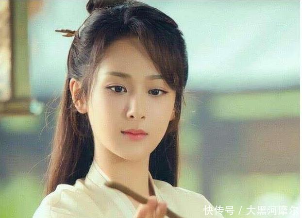 杨紫坦言最羡慕孙俪邓超的婚姻,杨紫就是我心目中爱情的样子