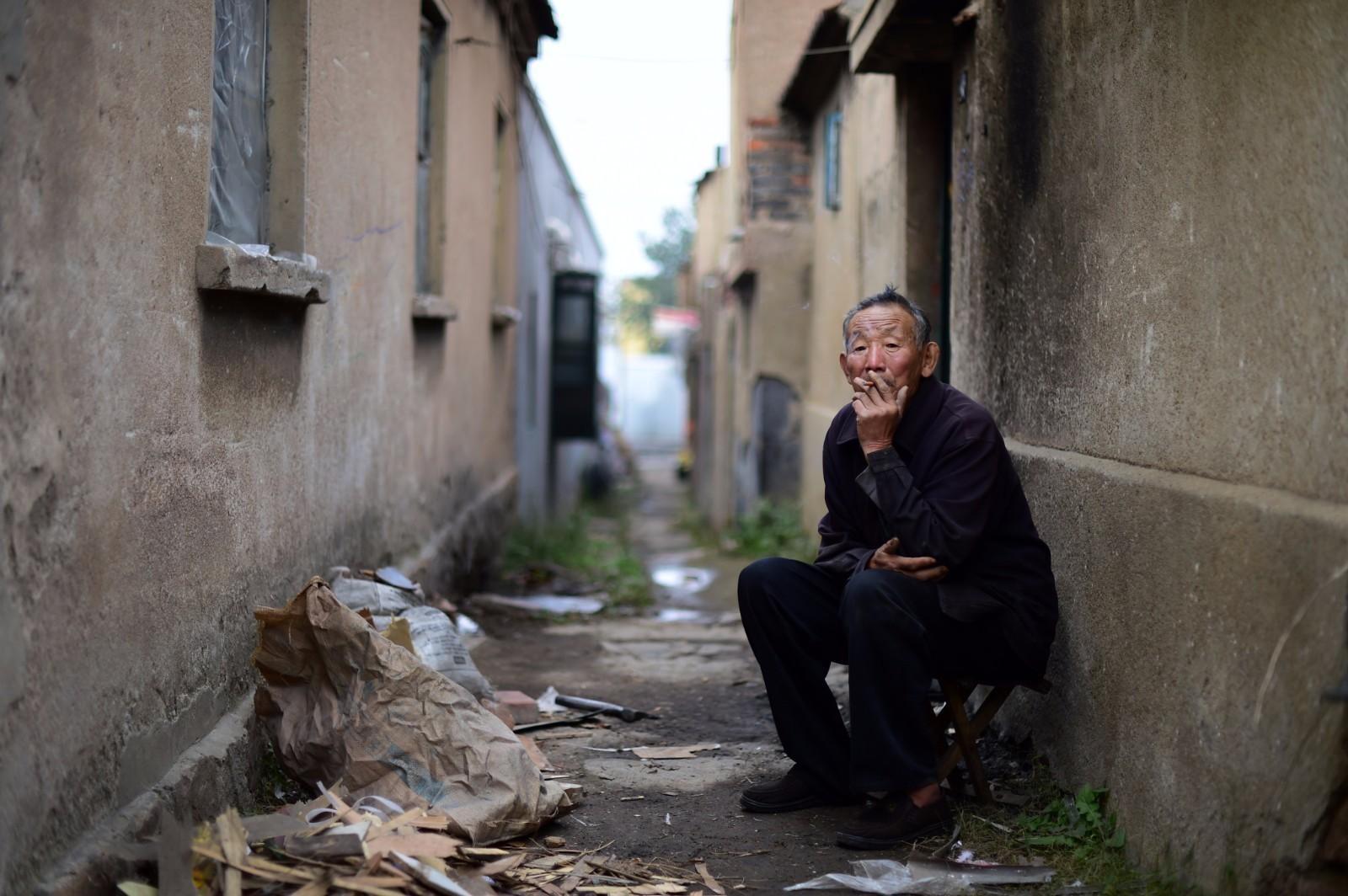 """青岛城中""""蚁穴""""闫家山村:拆迁已经盼了十几年"""