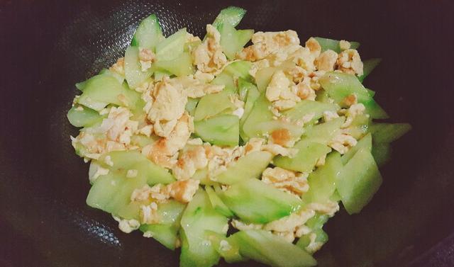 吃过这道黄瓜炒鸡蛋,幸福感立马暴增1000点 - 一同博 - 一同博DE空间